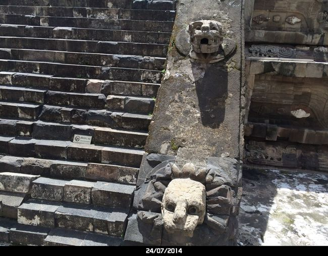No People Day Architecture Pattern Outdoors Built Structure This Is Latin America Art And Craft Full Frame Nature Creativity Old Representation Water Protection Building Exterior High Angle View Wall - Building Feature Close-up Security Metal