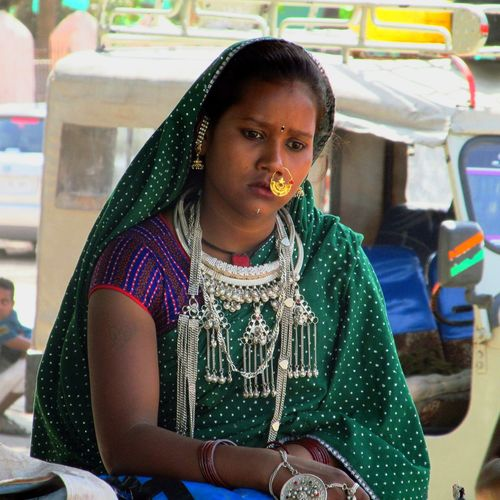 young women real people only women people Indian Tribel Mount Abu Rajasthan, India Jwells Potrait_photography Thinking About Life The Street Photographer - 2017 EyeEm Awards The Portraitist - 2017 EyeEm Awards