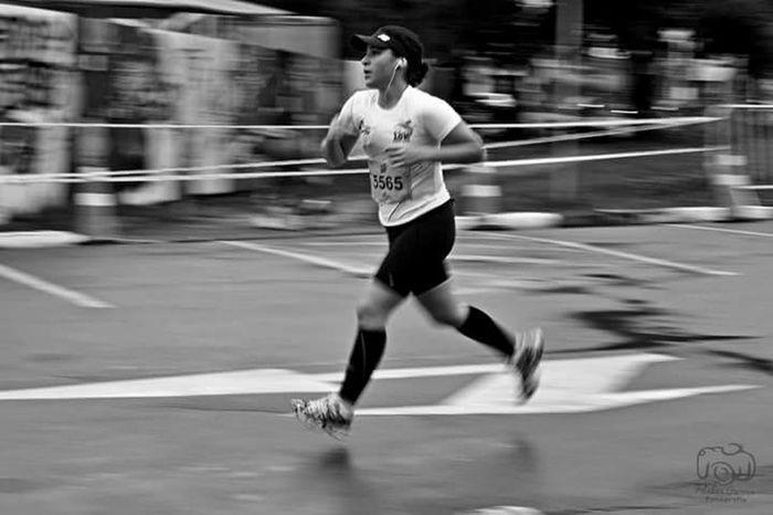 Sport Running Sports Training Athlete Speed Runningphotos Street Photography Streetphoto_bw Street Photography B+W Street Photography Exercising 3XSPUnity 3XSPhotographyUnity Photographer City Brasil ♥