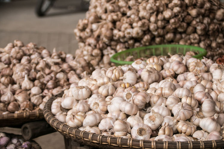 Garlic Knoblauch Backgrounds Background Background Texture Background Photography Garlic Bulb Garlic Clove Market Market Stall Vietnam Food Healthy Healthy Lifestyle Spices Of The World Spices Spice Market Spice