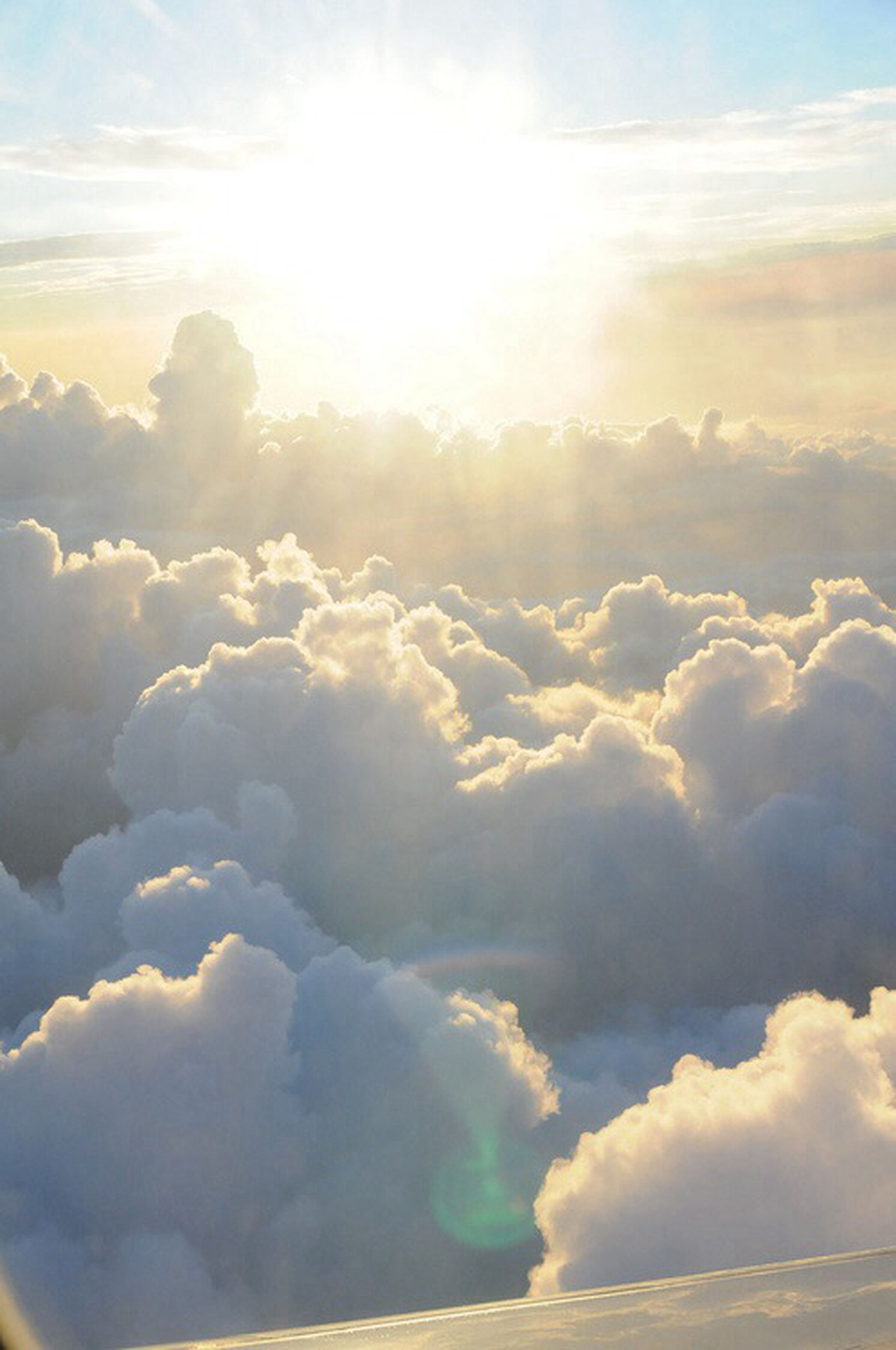 scenics, beauty in nature, tranquil scene, sky, tranquility, cloud - sky, sun, nature, cloudscape, sunbeam, sunlight, idyllic, cloudy, cloud, sky only, weather, majestic, outdoors, white color, no people