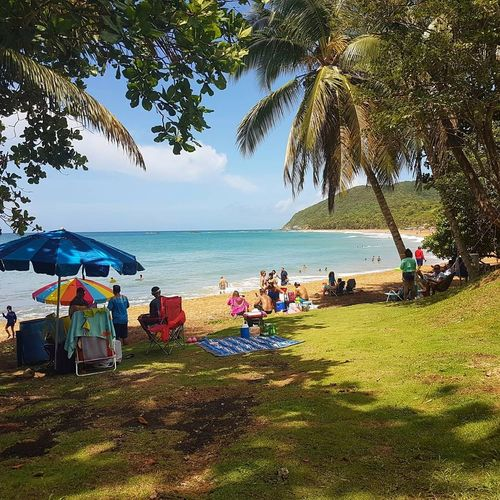 Yo Amo mi isla PR ❤ Beach Sea Sitting Outdoors Large Group Of People Vacations 4thofjuly2017 Puerto Rico Yabucoa 100 Days Of Summer Sommergefühle Beauty In Nature EyeEm Selects Lets Go. Together.