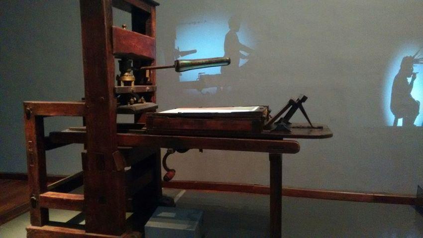 Museonacionalbogota Imprenta Hologram Cultura City Pasado