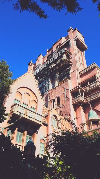 Low Angle View Architecture Travel Destinations Outdoors No People Day Sky Universal Studios Orlando Close-up Architecture Lifestyles Nature Home Interior Buildings Architecture Building