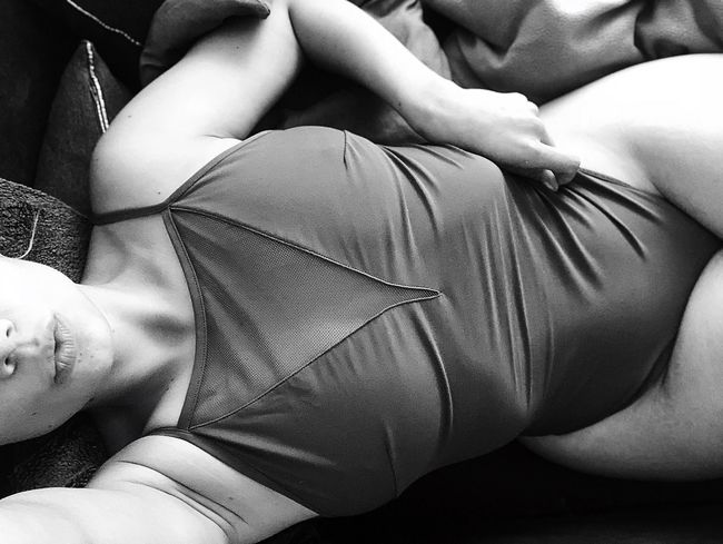 Love yourself ,than you can love others #CURVY #fitness #fitnessmotivation #moments #Mom  #loveyourself #blackandwhite #body #FREIHEITBERLIN #photography #JustMe #beautiful Indoors  Human Body Part Real People Adult Body Part Midsection Women Lifestyles Clothing First Eyeem Photo