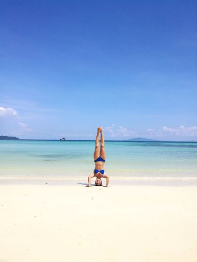 Yoga #cristal Water #photography #wilde Life Holyday #sunshine Sand Sky Horizon Over Water Coastline Calm Seascape Coast International Women's Day 2019
