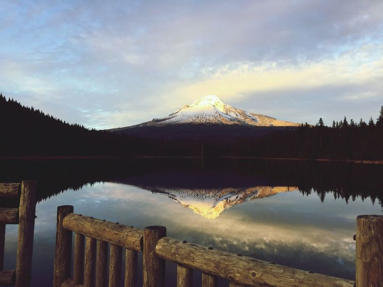 Mountain Beauty In Nature Tranquility Nature Tranquil Scene Scenics Sky Reflection Trillium Lake Mt Hood Idyllic Snowcapped Mountain Water Lake Cold Temperature Mountain Range Non-urban Scene Landscape No People Winter Outdoors