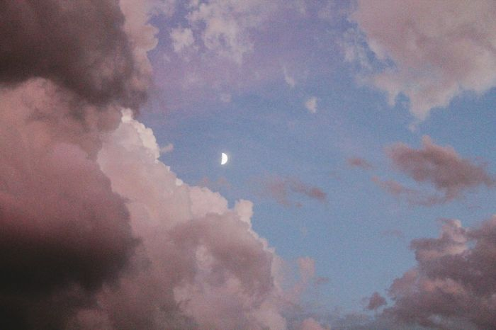 Hello World Check This Out Hanging Out Taking Photos Enjoying Life Clouds Clouds And Sky Clouds Collection Cloudsporn Sunset Sky Sky Skyshots Prettycolors Sunset Sky_collection Amazingbeauty AmazingSkies Moon Moonporn Moon And Clouds