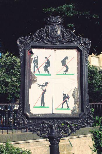 Day Outdoors Tree No People Close-up Nature Panneau Danse Interdiction Paris Bastille