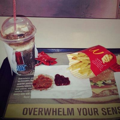 Used my Mcd discount coupon... McDo Frenchfries Cokefloat