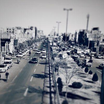 . شهر خسته قم . . . . . . . الکی مثلا من یک سیاه_سفید شناس حرفه ای هستم Blackandwhite Qom Everyday Iran
