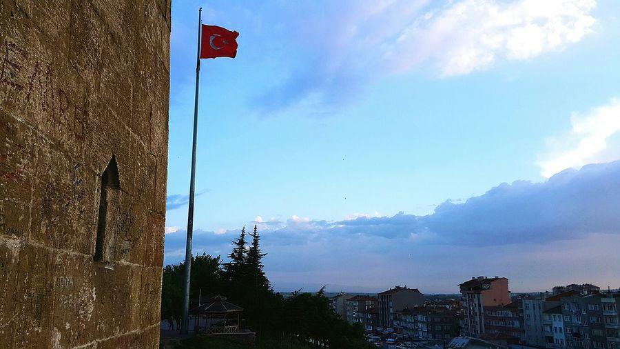 Türkbayrağı şanlıtürkbayrağı Niğde Türkiye Niğdekalesi