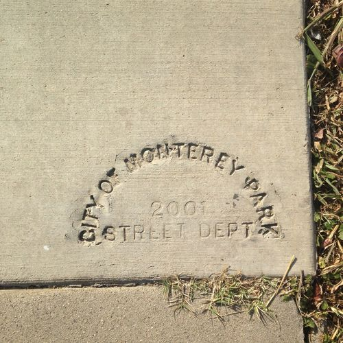 Travel Sidewalk Press Concrete Been There Visiting Like A Landmark Appreciate Friends Outdoors City Details