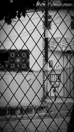 Closed EyeEm Best Edits Amazing Blackandwhite Blackandwhite Photography Blackwhite Sun Light No Colors Natural Art Gallery Pictures Streetphotography Street Urban Urban Lifestyle Locket Closer Life Home Hometown