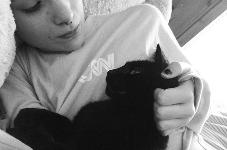 He's such a sweetie ❤❤ Cat Catsofinstagram Kitty Blackcats BLackCat Petpost Animals Selfie