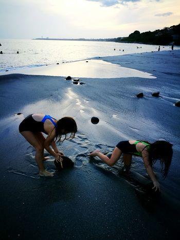Rocky fun First Eyeem Photo Childhood Memories Beachphotography Sand & Sea Panama City Beach View Rocks And Water Rocks On The Shore