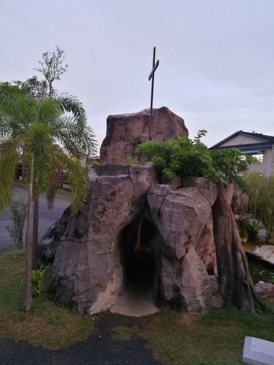Home Is Where The Art Is Caves Caves Photography Cave Tours Cave House