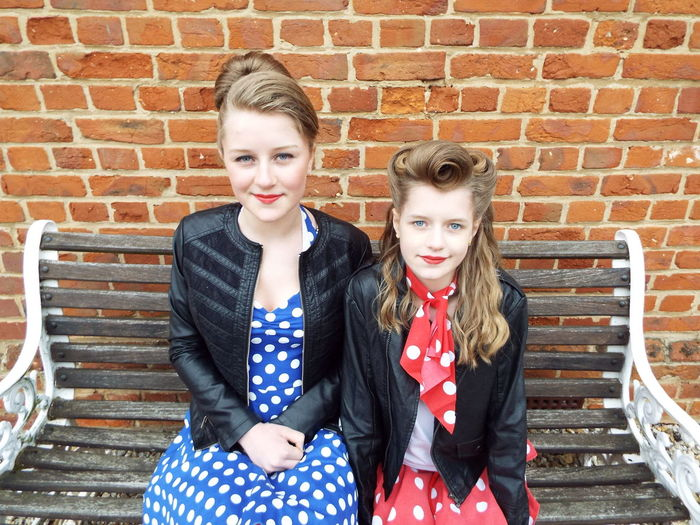 Sisters Portrait Rockabilly Rockabillystyle RockandRoll Red Lips Fancyhair Blue Eyes