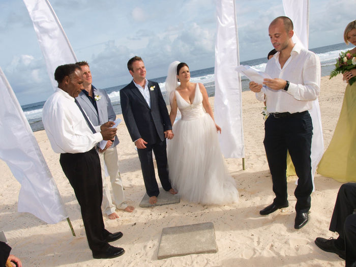 beach wedding Vanuatu Beach Wedding Vanuatu Bride And Groom Happy Couple Pacific Vivid International