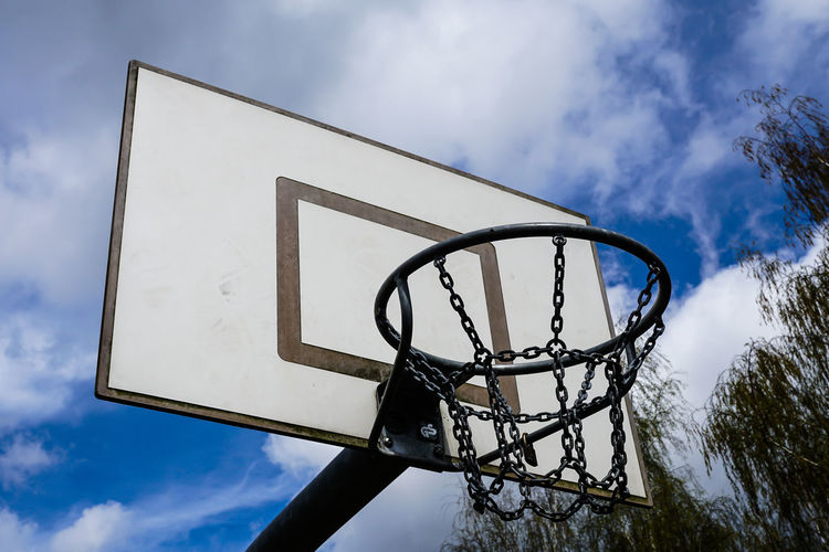 Basketball Basketball - Sport Basketball Hoop Basketballkörbe Blue Close-up Cloud Cloud - Sky Cloudy Directly Below Geometric Shape Korb Low Angle View No People Outdoors Pole Sky Sport Sports Sports Photography Tree Urban