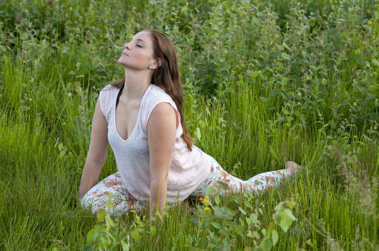 Field Freedom Green Lifestyle Nature Relaxing Trees Yoga Yoga Pose Beauty In Nature Fitness Grass Inner Peace Leisure Activity Long Hair Model Naturelovers One Person Plant Relax Space For Text Sports Clothing Wahnerheide Yoga Teacher Yogagirl