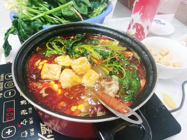 家庭火锅 Indoors  Bowl Soup Healthy Eating Still Life Table
