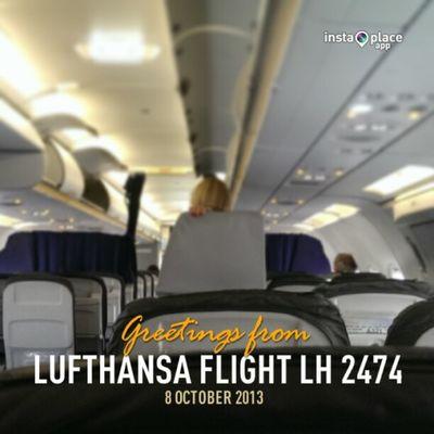 And boarding! #UpInTheAir #FlyingLHR #Freqs Upintheair Freqs Flyinglhr