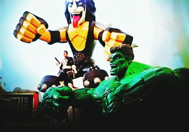 Miniatures Superheroes Hulk Phonegraphy Lenovo A6000 Octavianuspict Close-up EyeEm Best Shots EyeEm Gallery Eyeemindonesia Indonesia_photography Teamwork