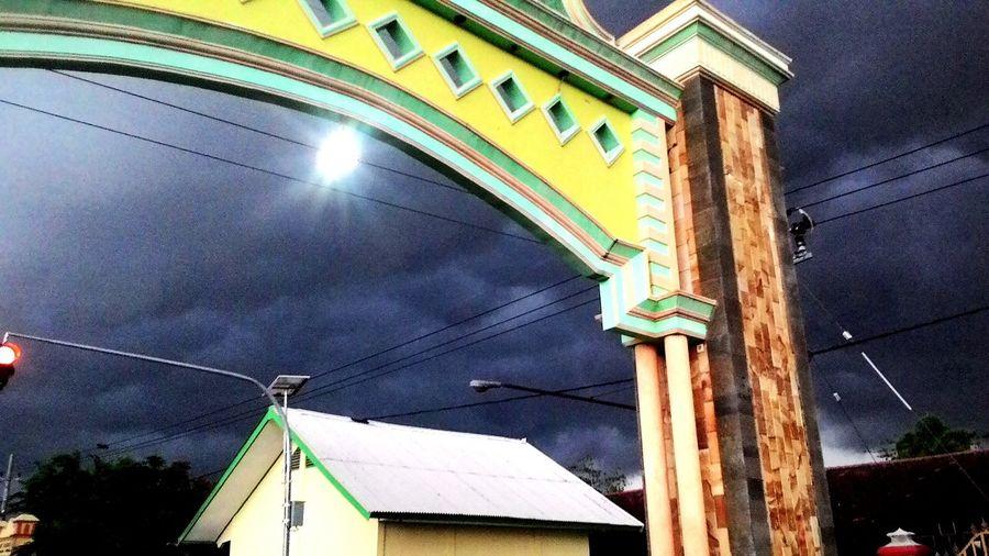 Cloudy Day Black Rain☔