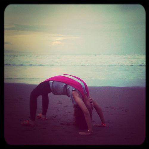 Yoga di pagi hari