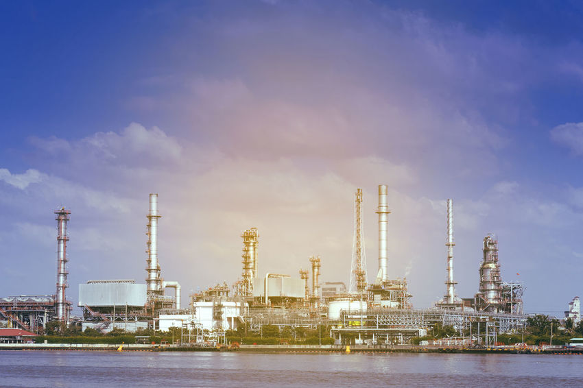 Built Structure Day Distillation Factory Fuel And Power Generation Gas Industry No People Oil Industry Oil Refinery Petrochemical Plant Power Station Refinery Sky Smoke Stack Technology Water