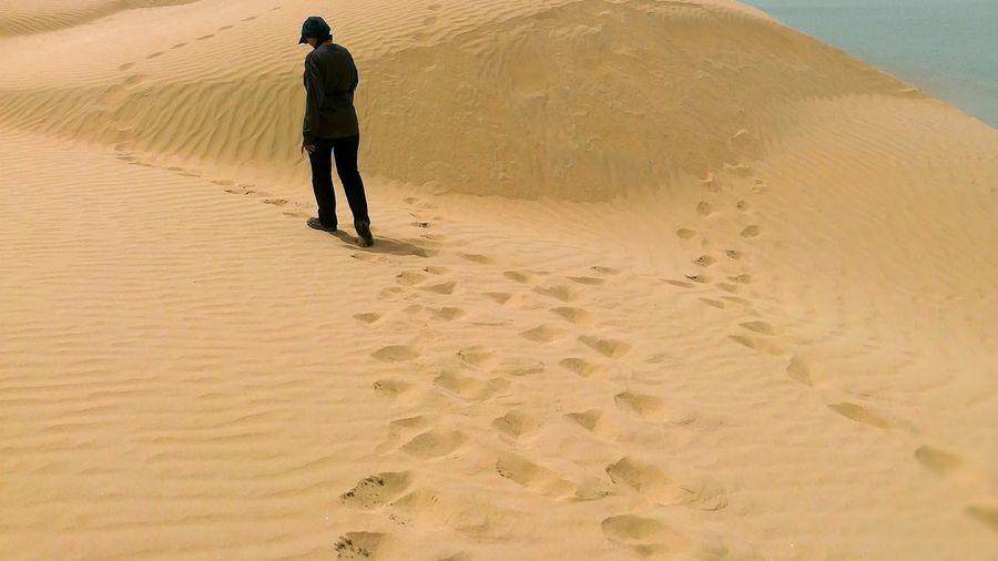 EyeEm Best Shots EyeEmNewHere EyeEm Selects Magnomphotos Sand Dune Desert Full Length Sand Beach Arid Climate Shadow Water Sky Landscape