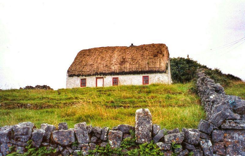 Travel Photography Ireland Landscape House