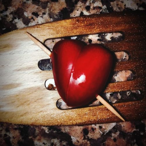 Cuore❤ Tomato Tomatoheart Love ♥ Heart Happiness ♡ Happy :) Freetime 👌 Freedom LoveIsInTheAir❤️