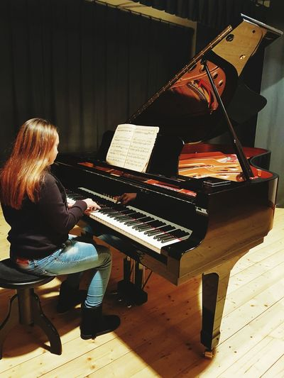 Piano Piano Key Pianist Playing Piano Day World Piano Day World Piano Day 2017, Music Musical Instrument Classical Music Piano Piano Moments Piano Time Piano🎶 Piano Lover Piano Lessons Pianolover Pianomusic Pianolove Piano Music