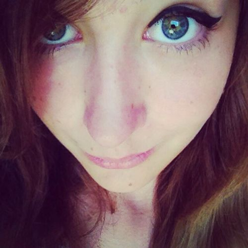 Blue Eyes Brow Hair Makeup That's Me Sun H&M