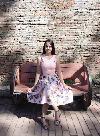 Sitting Portrait Bride Looking At Camera One Person Brick Wall Young Adult Sitting Chair Beautiful Woman Fashion Smiling Full Length Day Outdoors One Young Woman Only Only Women Young Women Adult Beauty Adults Only People The Portraitist - 2017 EyeEm Awards