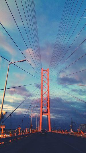 По дороге в Сургут, Сургутский мост