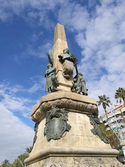 Barcelona, Spain Barcelona España Trianeando My Best Photo Sculpture Statue King - Royal Person Place Of Worship Religion Ancient Civilization Blue Human Representation Sky Cloud - Sky Historic Sculpted Fine Art Statue Bust  Sculptor Pedestal