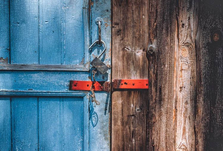 Full Frame No People Door Wood - Material Entrance Protection Day Architecture Metal Blue Old Textured  Outdoors Closed