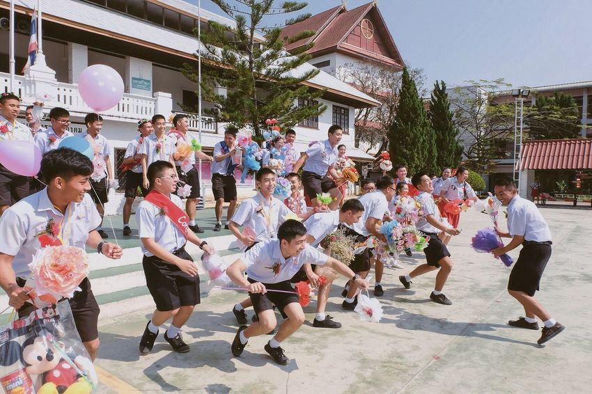 The Photojournalist - 2016 EyeEm Awards Only young space Taking Photos Enjoying Life Friendship Memories Highschool Graduation Chiangrai,Thailand The Photojournalist 2016 Finalists