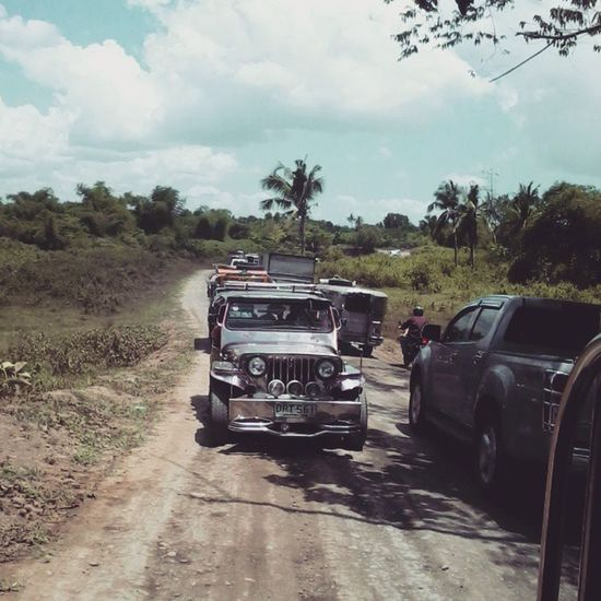 The other way 'round :3 1st time ko makaagi igdi. >_< Roadconstruction