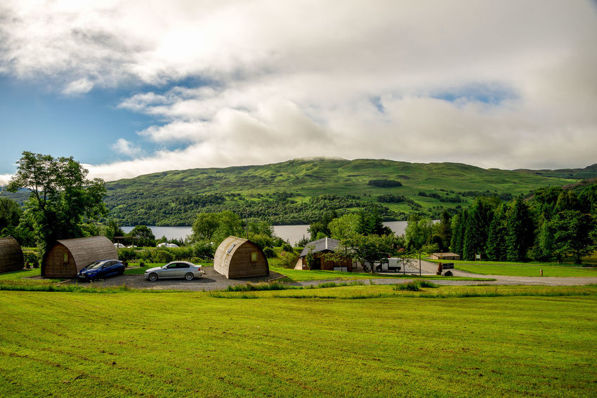 Vacation rental wigwams at Loch Tay Highland Lodges, central Scotland Beautiful Family Golf Grass Green Holiday Loch Tay Nature Perthshire Scotland Tourist Attraction  Trees Activity Course Disc Flying Hole Killin  Landscape Outdoors Scottish Highlands Sports Sunny Day Travel Destinations Vacation