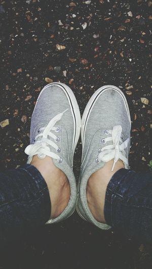 sticky Shoe