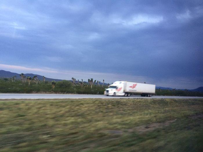 On The Road En La Carretera México-Laredo Carretera México Laredo Truck Camion