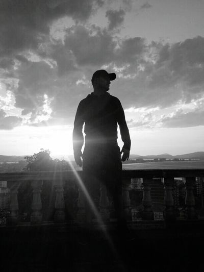 España🇪🇸 Burgos España Burgos -España- First Eyeem Photo Black And White Blackandwhite Blackandwhite Photography Adventures In The City This Is My Skin