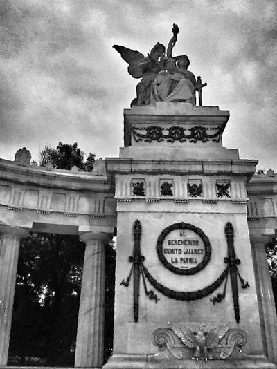 El respeto al derecho ajeno es la paz Historical Monuments Mexico De Mis Amores Urban Photography Fotografia Blackandwhite EyeEm Best Shots - Black + White Blackwhite Blackandwhite Photography