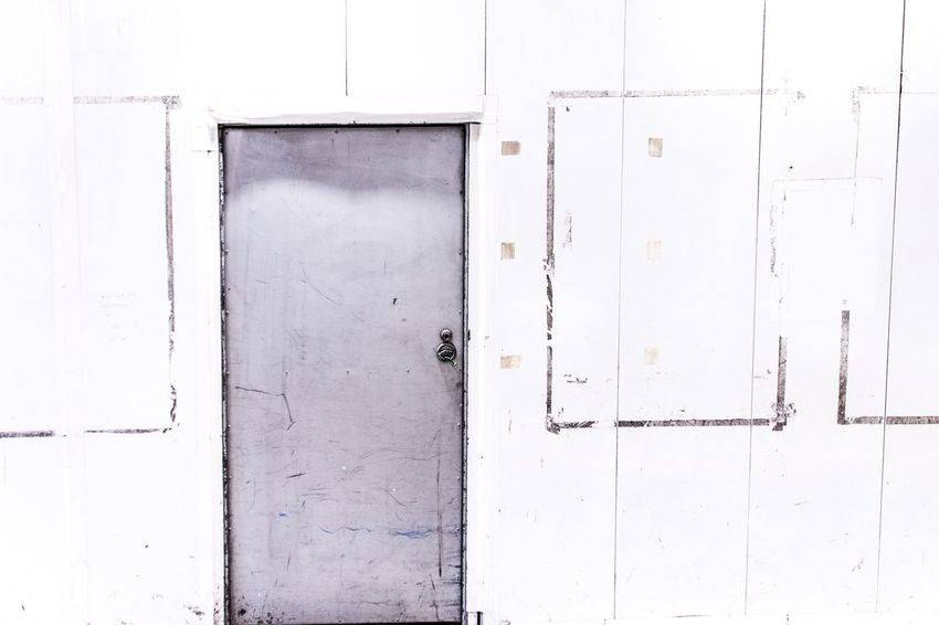 Door Wall Urban Exploration Silence White Album Still Life Drastic Edit Streetphotography Showing Imperfection From My Point Of View Minimalism Simple Moment Our Best Pics Deceptively Simple EyeEm Best Shots Simple Beauty Secret Next Go Negative Space Learn & Shoot: Simplicity WhiteCollection Learn & Shoot: Leading Lines Urban Geometry Learn & Shoot: Balancing Elements Fresh On Market May 2016 Fresh On Market 2016