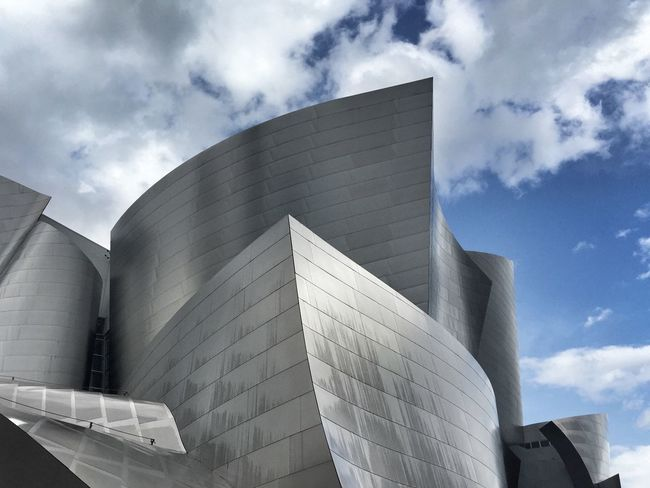 Frank Gehry's architectural masterpiece Architecture Los Angeles, California Shootermag_usa The Architect - 2016 EyeEm Awards