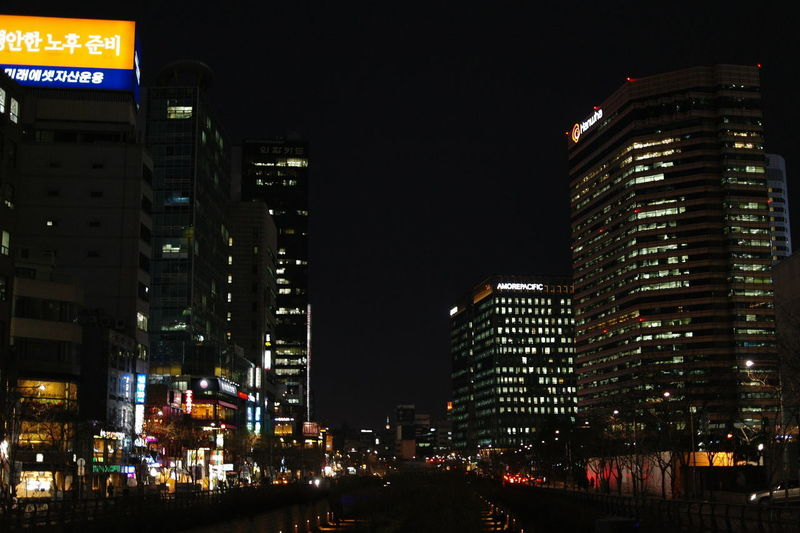 Seoul downtown at night Night Building Exterior Illuminated Built Structure Architecture City Skyscraper Tall - High Building Office Building Exterior Modern Cityscape Nightlife